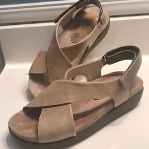 Beige/Tan Bussola Odessa Slingback Sandals / 7